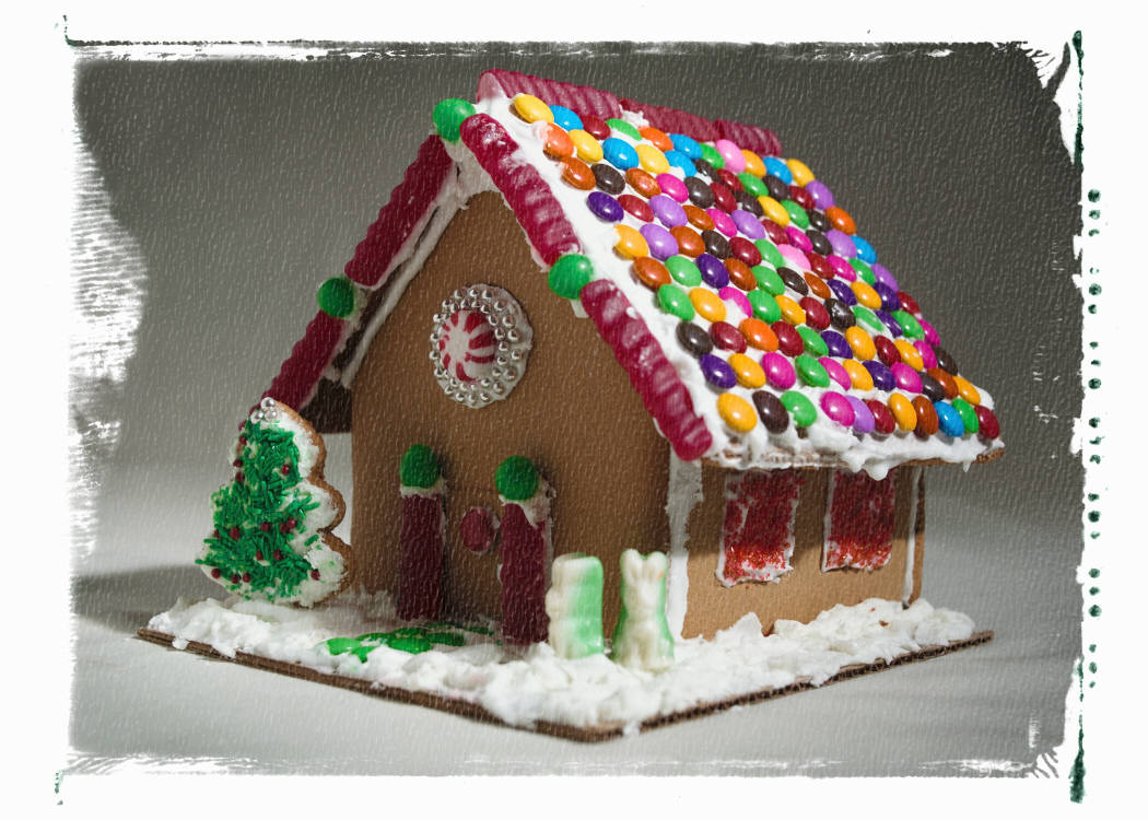Gingerbread House Family Workshop – Nov. 6th