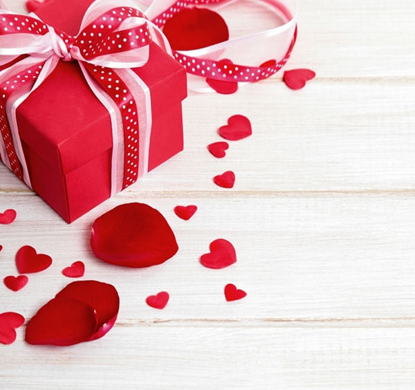 5 Unique Valentine's Day Gifts For Guys Featured