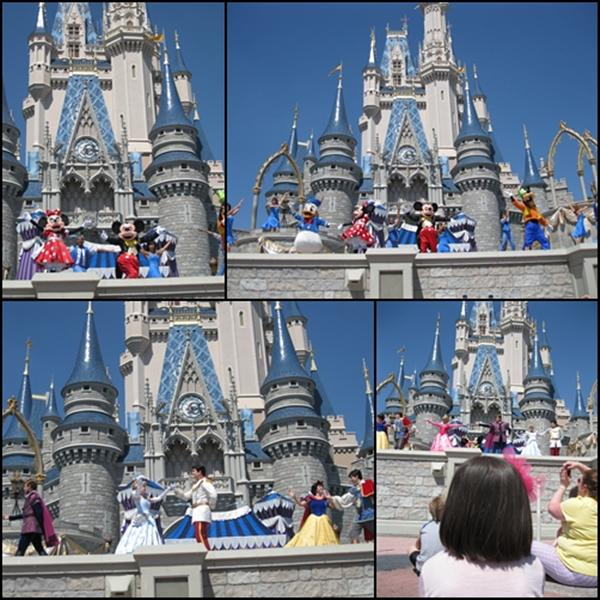 Disney Social Media Moms Magic Kingdom