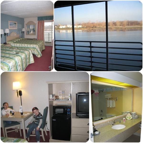 Castaway Bay - Hotel Room