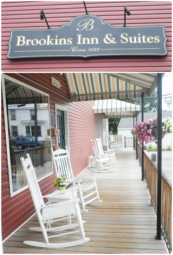 Brookins Inn & Suites Porch