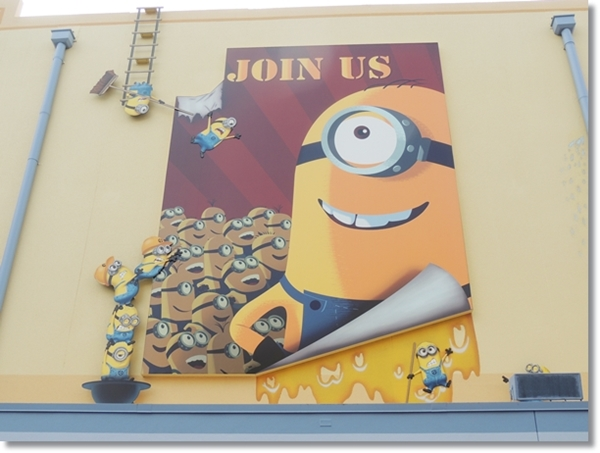 Universal Resort Minions