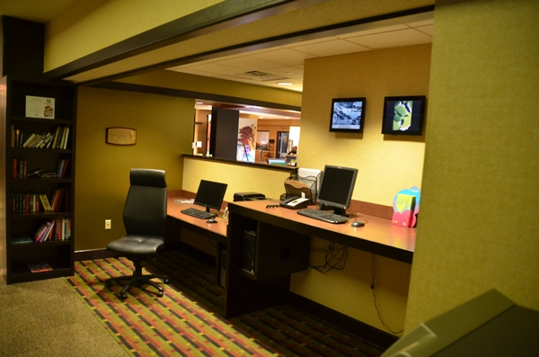 Holiday Inn Grand Rapids Business Office