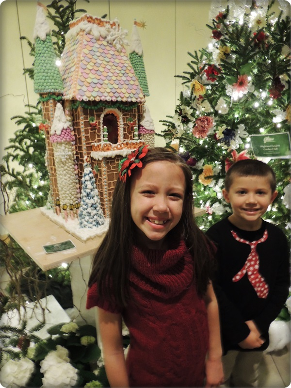 Cleveland Botanical Garden Gingerbread House