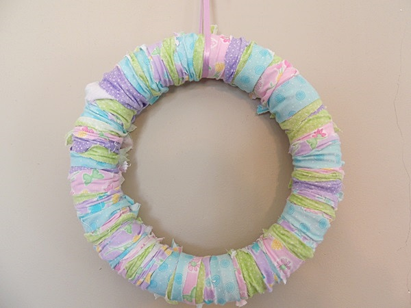 Simple Spring Rag Wreath Tutorial