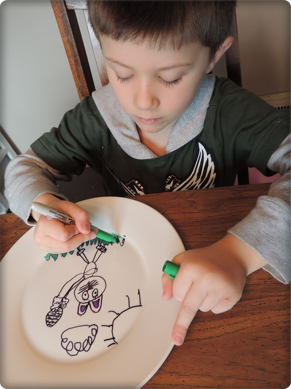 Kids Craft DIY Sharpie Plates