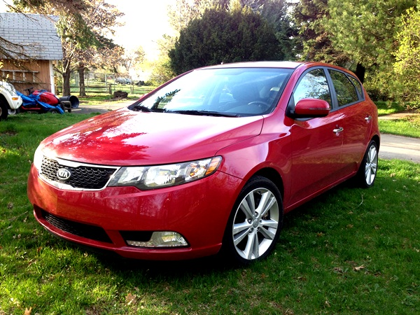 kia forte 5 door hatchback review. Black Bedroom Furniture Sets. Home Design Ideas