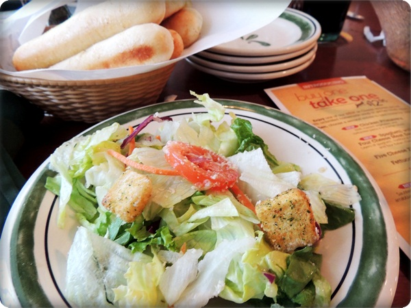 Olive Garden Salad & Breadsticks