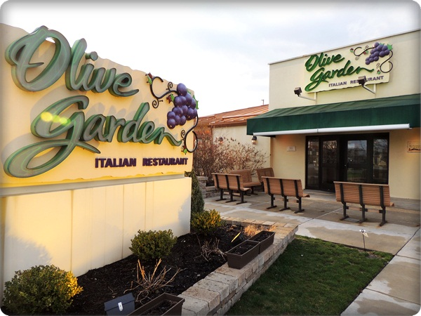 2 wired 2 tired olive garden buy one take one review 75 gc giveaway Does olive garden have take out
