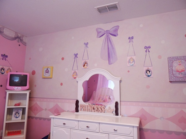 Good Global Resort Homes Princess Bedroom