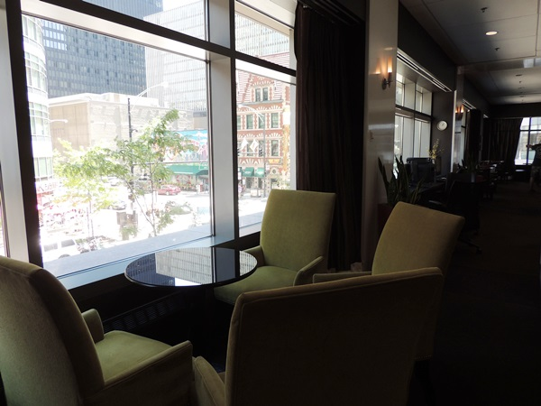 Residence Inn River North Lobby Window