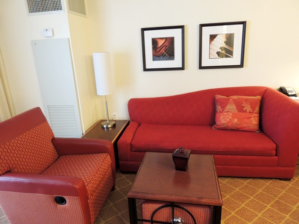 Residence Inn River North Sitting Area
