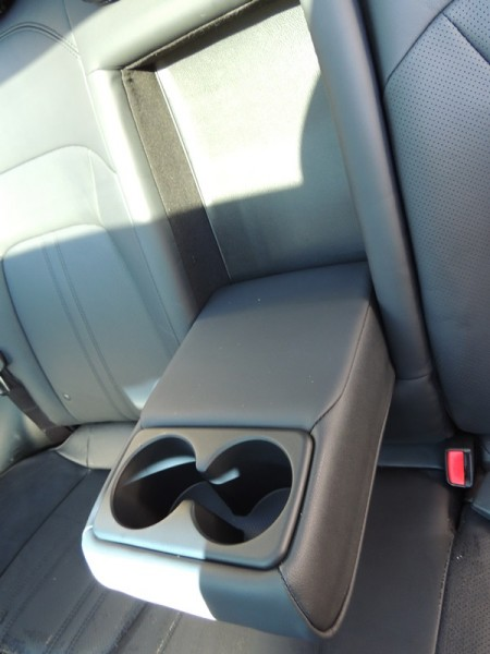 Kia Sportage Backseat Cup Holder