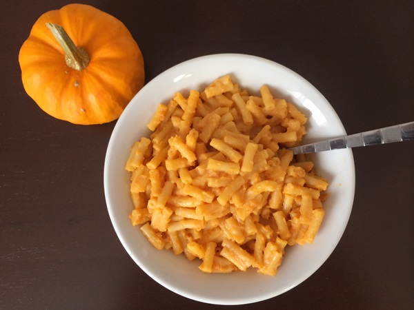 Super Simple Pumpkin Mac & Cheese