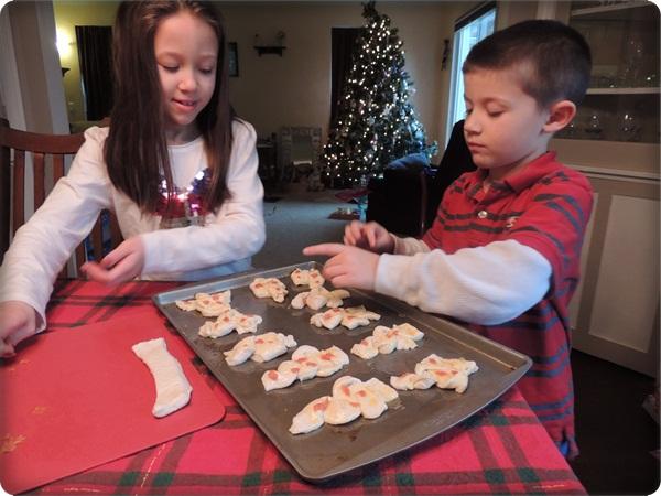 Christmas Tree Breadsticks