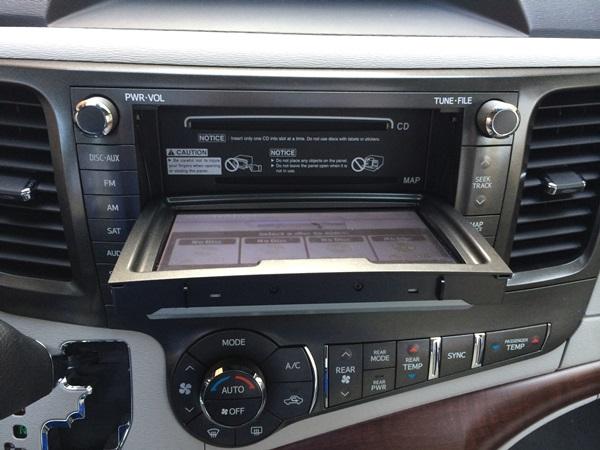 Toyota Sienna CD Changer