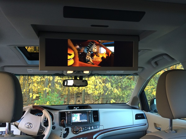 Toyota Sienna TV