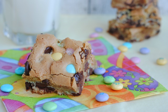 Delicious Spring Blondies Recipe