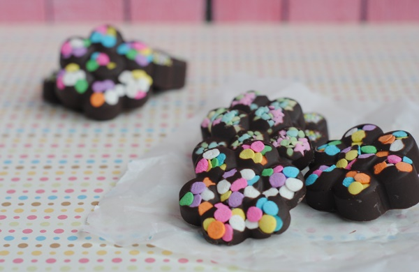 Easy & Colorful Spring Chocolates Recipe