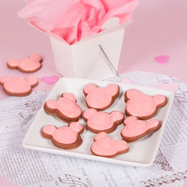 Valentien Mickey Meringue Cookies Dipped In Chocolate