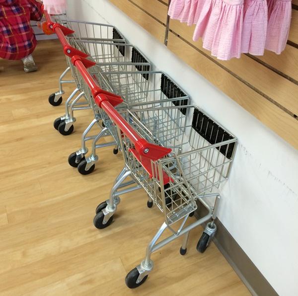 Munckin's Kloset Kids Shopping Carts