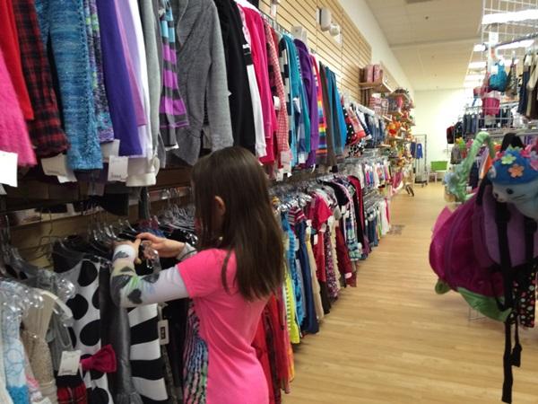 Munckin's Kloset Strongsville Girls Clothes