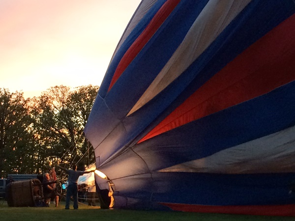 Chagrin Falls Balloon Glow 2014