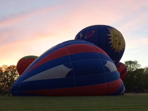 Chagrin Falls Balloon Glow Balloons