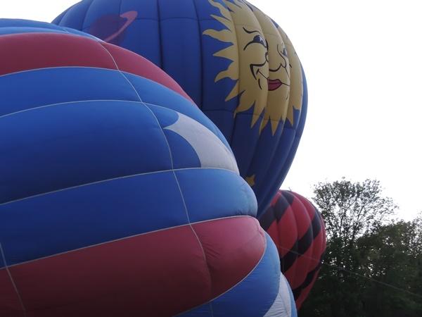 Chagrin Falls Balloon Glow Hot Air Balloons