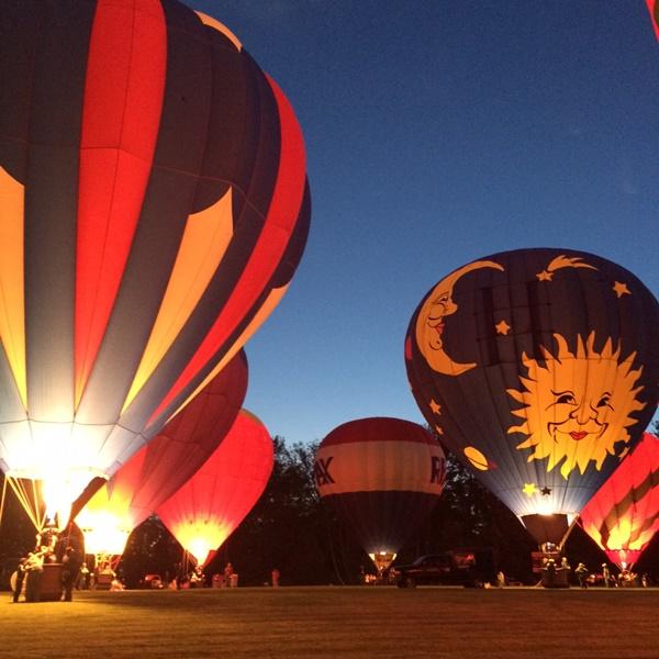 Chagrin Falls Balloon Glow Night
