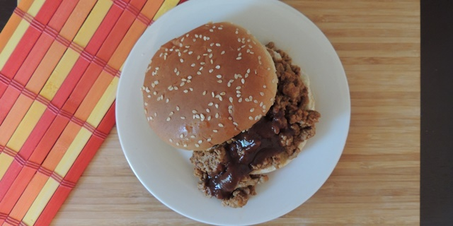 Quick & Easy Sloppy Joes Featured