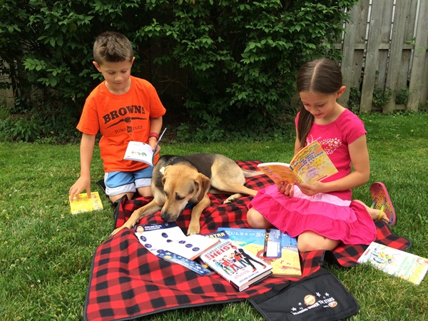 Scholastic Reading Under The Stars With The Dog