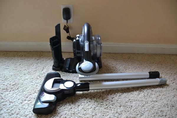 Black & Decker Lithium Battery Handheld Vacuum