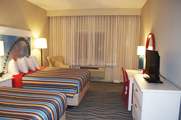 Cedar Point Hotel Breakers Room Review