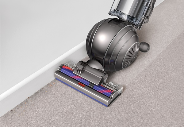 Dyson Cinetic Edge Cleanning