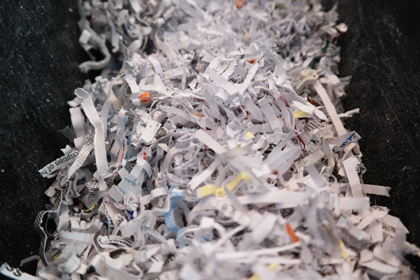 Fellowes Powershred destroys paper!