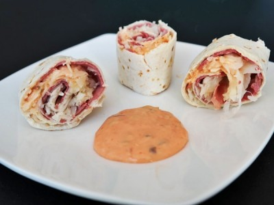 Easy Reuben Roll Ups - 2 Wired 2 Tired
