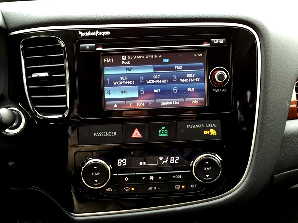 MItsubishi Outlander TouchScreen