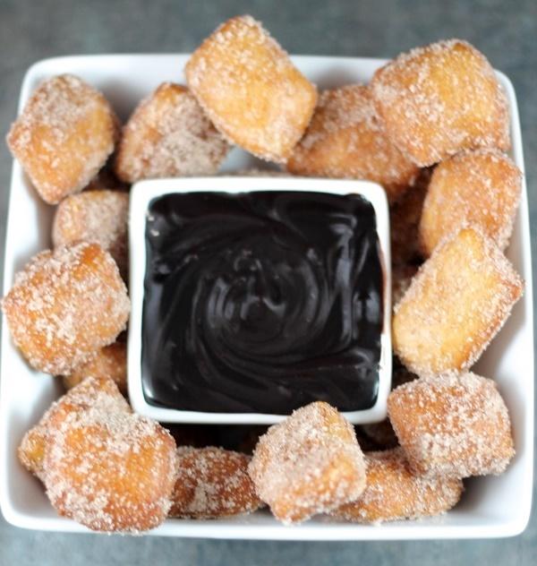Cinnamon Sugar Baked Pretzel Bites