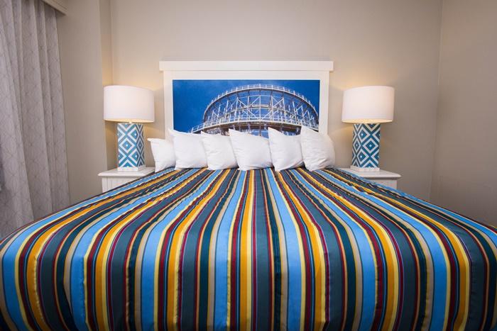 Hotel Breakers Cedar Point Headboard