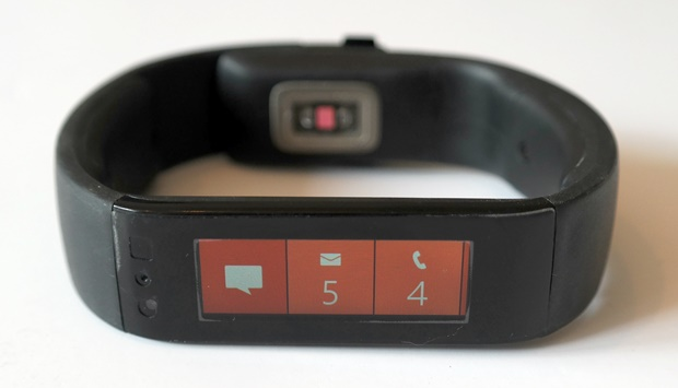 Microsoft Band - Check your messages and notifications