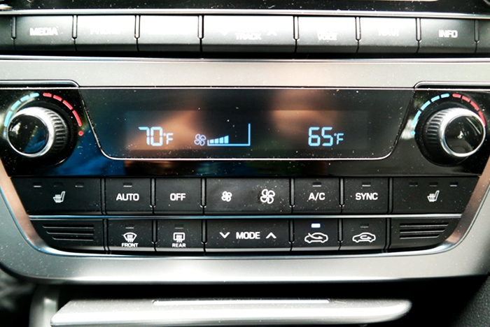 Hyundai Sonata Sport Dual Climate Control