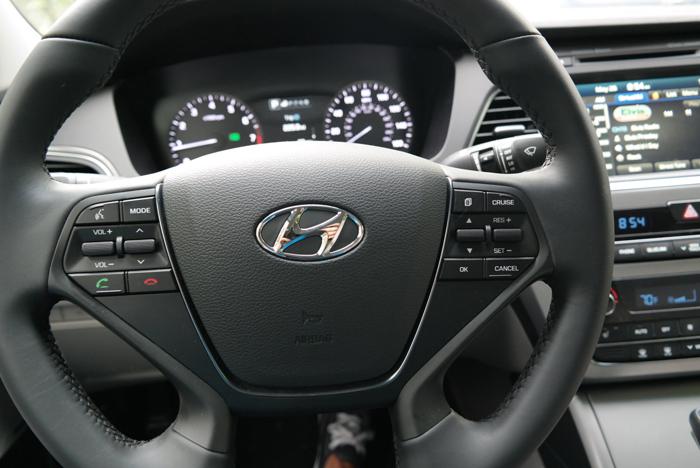 Hyundai Sonata Sport Steering Wheel