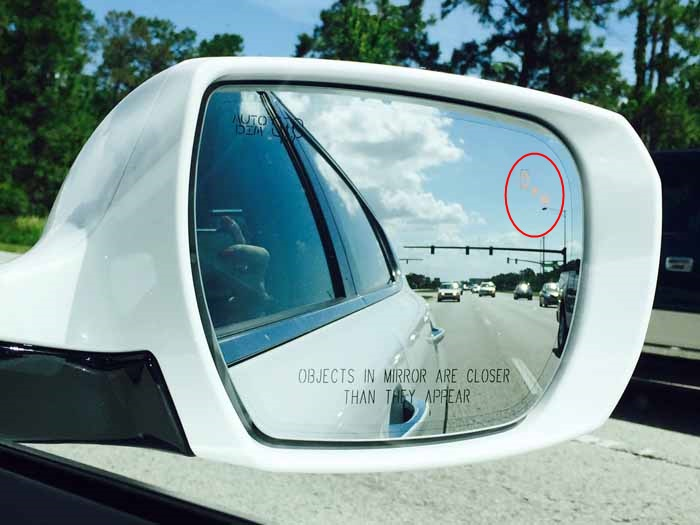 Kia K900 Blind Spot Detection System