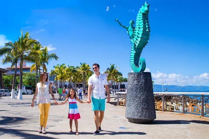 Puerto Vallarta Families