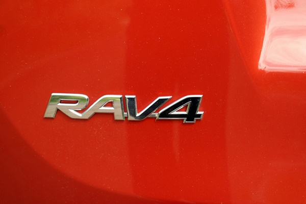 RAV4 Logo