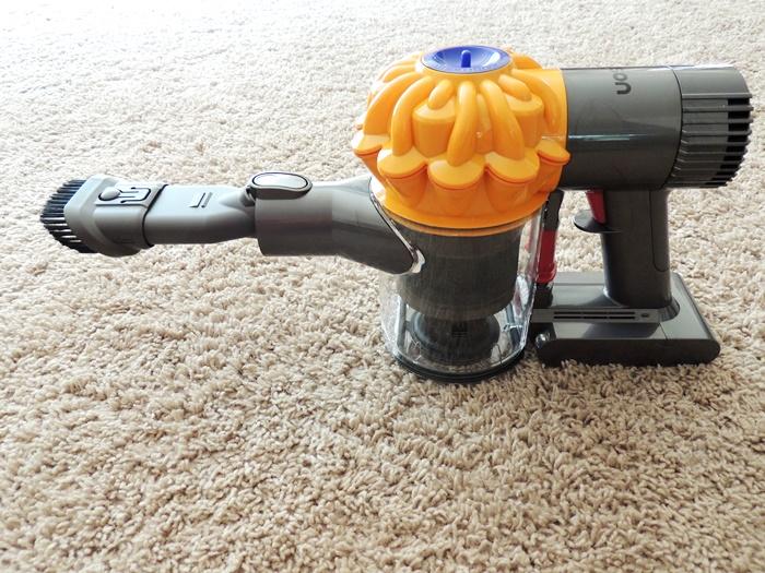 Dayson V6 Slim LIghtweight Vacuum