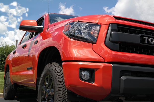 Part Monster Truck, Part Family-Mobile – Toyota Tundra Review