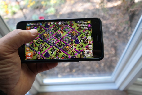 Playing games on your Smartphone