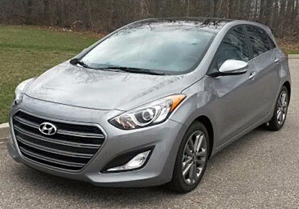 Why I Love Hatchbacks – Hyundai Elantra GT Review
